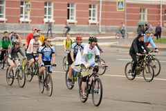 Orel, Russia - May 31, 2015: Bikeday, people cycling on the Leni Royalty Free Stock Images