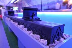 Orel, Russie - 24 août 2015 : Échantillon de fin ferroviaire en plastique innovatrice russe de tuile  Photographie stock