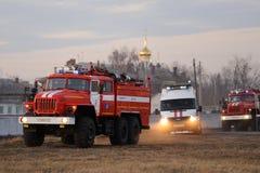 Orel, Russie - 9 décembre 2015 : Ministère de contrôle de secours (MC Photographie stock libre de droits