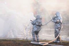 Orel, Russie - 9 décembre 2015 : Ministère de contrôle de secours (MC Images libres de droits