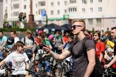 Orel, Russie - 29 mai 2016 : Russe Bikeday à Orel Fabrication de garçon image stock