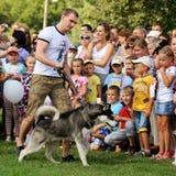 Orel, Russland, am 1. August 2015: Mumu-Fest, Turgenevs Geschichtenkunst-f Lizenzfreies Stockbild