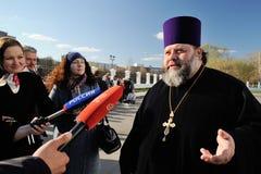Orel Ryssland - April 20, 2017: Ortodox klocka-ringning festival A Arkivbild