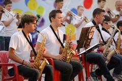 Orel Ryssland - Augusti 05, 2016: Orel stadsdag Unga musiker p Arkivbild