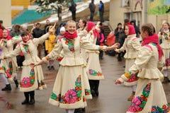 Orel Ryssland - mars 13, 2016: Maslenitsa pannkakafestival Fotografering för Bildbyråer