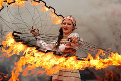 Orel Ryssland - mars 13, 2016: Maslenitsa pannkakafestival gran Royaltyfri Bild