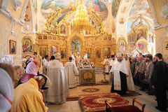 Orel Ryssland - September 13, 2015: Familjdag för ortodox kyrka D Arkivfoton