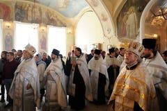 Orel Ryssland - September 13, 2015: Familjdag för ortodox kyrka P Arkivfoto