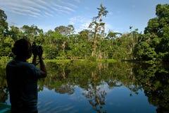 ORELLANA, ECUADOR - AUGUSTUS 10, 2012: Niet geïdentificeerd Stock Afbeeldingen
