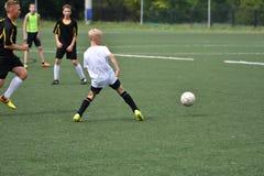Orenbourg, Russie - 31 juillet 2017 année : le football de jeu de garçons Photo libre de droits