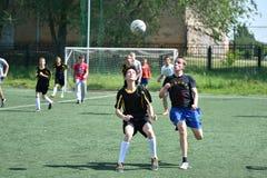 Orenbourg, Russie - 28 juin 2017 année : le football de jeu de garçons Photographie stock