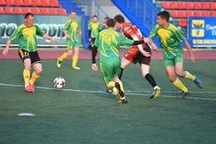 Orenburg, Rosja, 8 Czerwa 2017 rok: Mężczyzna sztuki piłka nożna Obraz Stock