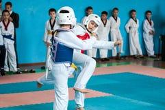 Orenburg, Rosja - 23 2016 Kwiecień: Taekwondo rywalizacje wśród chłopiec Zdjęcia Royalty Free