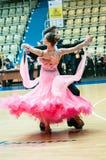 Orenburg, Rosja - 24 2015 Maj: Dziewczyny i chłopiec taniec Obrazy Stock