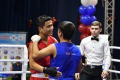 Orenburg Rosja, rok, - Stycznia 21, 2017: Chłopiec boksery współzawodniczą Obraz Stock