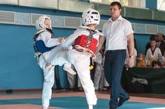 Orenburg, Rosja - 23 04 2016: Taekwondo rywalizacje wśród chłopiec Obrazy Stock