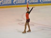 Orenburg, Rusia - 26 03 2016: Figura patinador de la muchacha Fotos de archivo libres de regalías