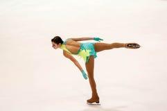 Orenburg Rusia 26 03 2016: Figura patinador de las muchachas de las competencias Fotos de archivo libres de regalías