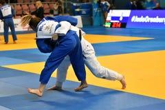 Orenburg, Rusland - 12-13 het jaar 2018 van Mei: De meisjes concurreren in Judo Royalty-vrije Stock Foto's