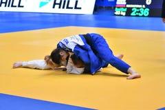 Orenburg, Rusland - 12-13 het jaar 2018 van Mei: De meisjes concurreren in Judo Royalty-vrije Stock Afbeelding