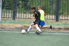 Orenburg, Russia - July 31, 2017 year: the boys play football Stock Photography