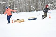 Orenburg, Russland - 26. Januar 2017 Jahr: Studentenspiel in den Winterspielen Lizenzfreies Stockbild