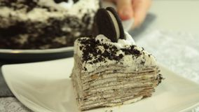 Oreo绉纱蛋糕食谱 影视素材