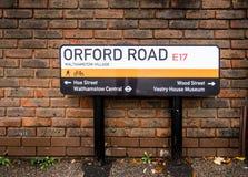 Orford vägväg som finner den Waltham för gatatecken skogen, London Royaltyfri Bild