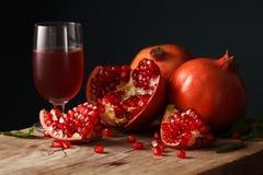 Orgánico fresco de la comida sana de la fruta de la granada Imagen de archivo