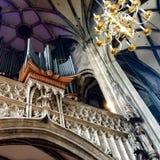 Orgaan in de Katholieke Kerk stock afbeeldingen
