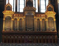 Organ in der Kirche stockfotos