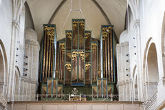 Organ i kyrkliga Grossmunster Zurich royaltyfria foton