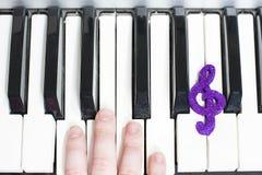 Organ i ręki zdjęcie royalty free