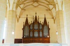Organe dans l'église images libres de droits