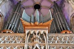 Organe dans l'église photos libres de droits