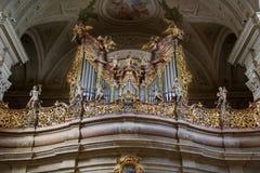 Organe dans l'abbaye de Tihany, Hongrie photos libres de droits