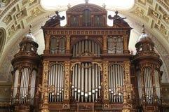 Organe de basilique de rue Istvan, Budapest images libres de droits