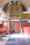 Organe de Brown avec des pipes de fil de sortie. photographie stock libre de droits