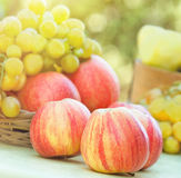 Organic apples (close-up) Royalty Free Stock Images