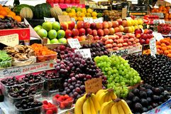 Organic fruit market in Italy Stock Photos