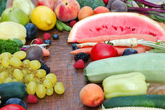 Organic fruits and vegetables on table Royalty Free Stock Photos