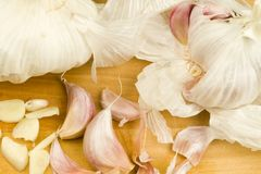Organic garlic cloves Stock Photos