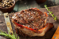 Free Organic Grass Fed Bacon Wrapped Sirloin Steak Stock Images - 75512604