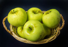 Organic Green Apples royalty free stock photos