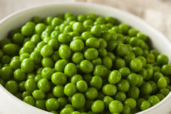 Organic Steamed Fresh Green Peas Royalty Free Stock Photos