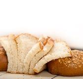 Organicznie chleb nad wieśniaka stołem Zdjęcia Royalty Free