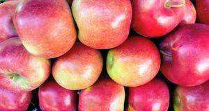 Organicznie jabłka dla sprzedaży zdjęcie stock