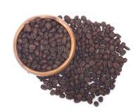 Organicznie średni zmrok piec kawowe fasole Fotografia Stock