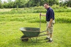 Organicznie rolnik Dostaje Przygotowywający Mieszać kompost Fotografia Royalty Free