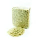 Organicznie ryż w próżniowym pakunku na białym tle, Obrazy Stock